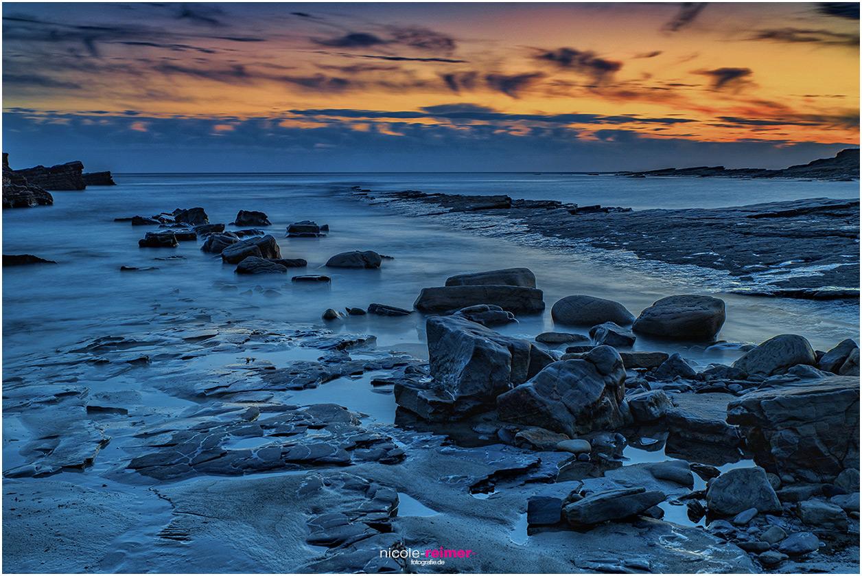 Blaue Stunde bei Spanish Point, Irland, Nicole Reimer Fotografie