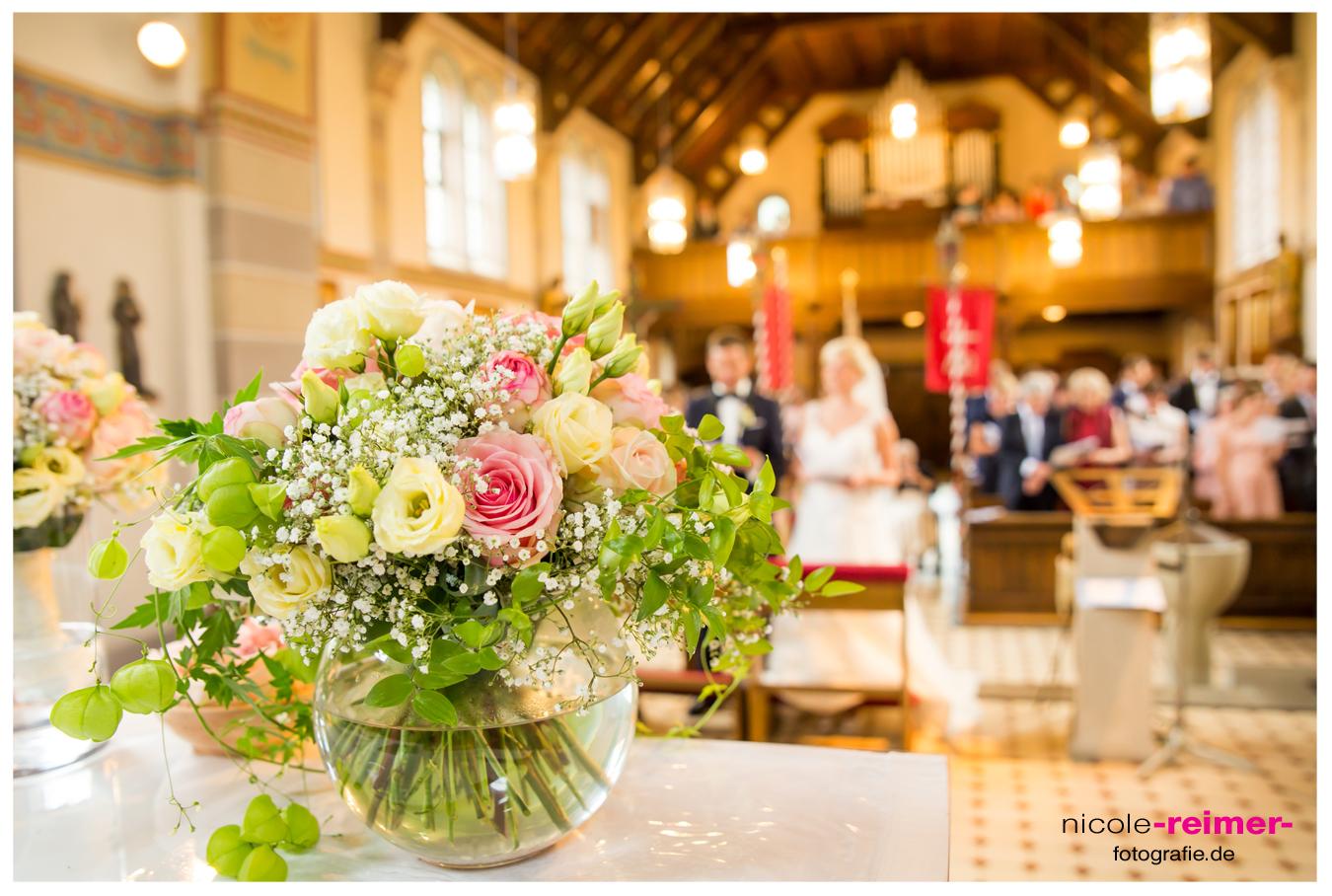 Nicole_Reimer_Hochzeitsfotografie_Kirchliche-Hochzeit_Reportage1