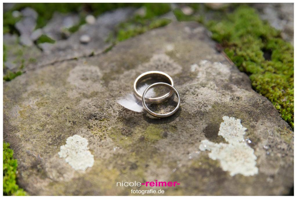 Nicole_Reimer_Hochzeitsfotografie_Trauringe_fotografieren11-1024x689.jpg